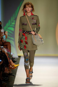 desigual-1-military-mood-spring-summer-2017-ss17-fashion-show-beauty-magazzino26-photography-makeup-hairstylist-service