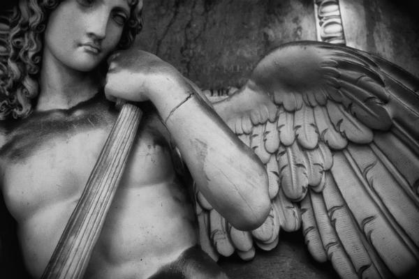 Angeli in certosa_SHAHESPEARE IN DEATH_magazzino26 blog