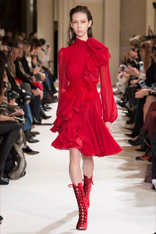 Giambattista_Valli_REDy_for_You_Magazzino26_fashion_blog_photography_beauty_runway