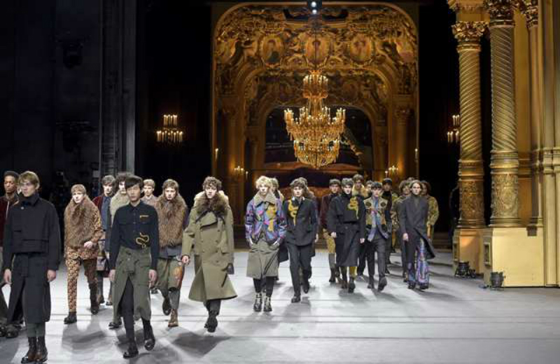 6-fashion-week-dries-van-noten-le-grand-frisson